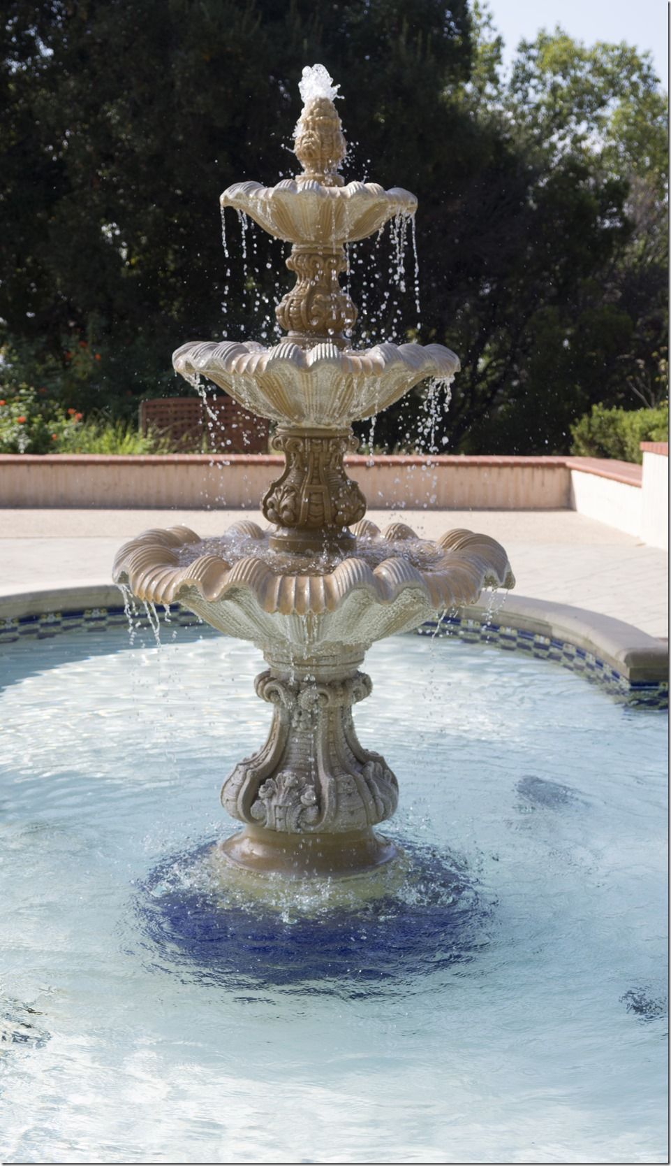 Fountain L2160432-1