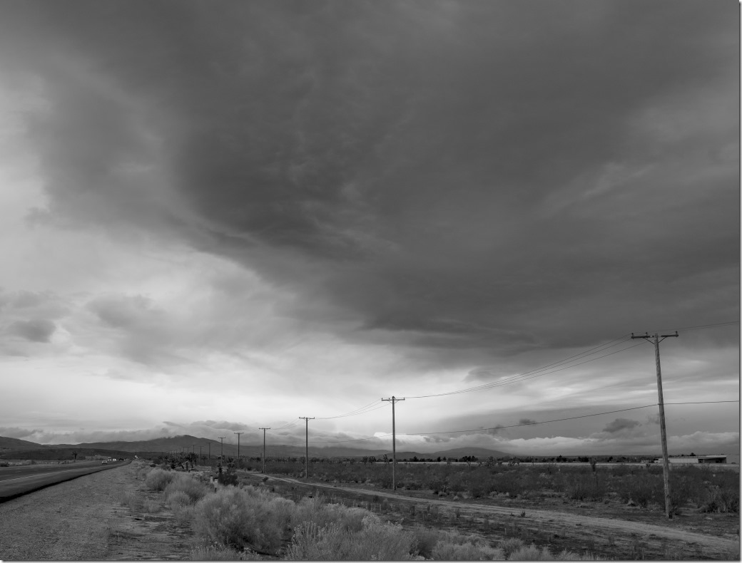 Desert Road DSCF5107