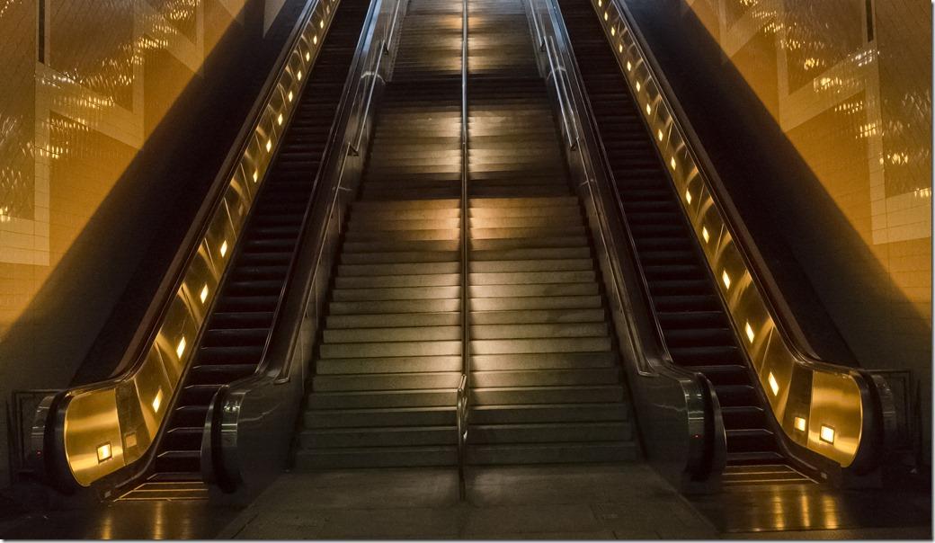 LA Subway R0050025